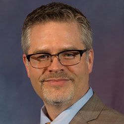Regent University alumnus Jeff Radford was given the Select Medical Way Servant Leader Award.