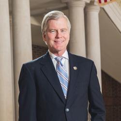 Governor of Virginia and Regent Distinguished Professor Bob McDonnell.