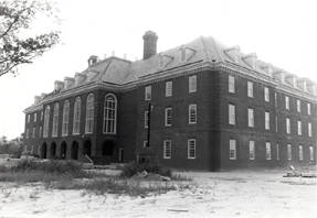 Early photo of Regent University Library