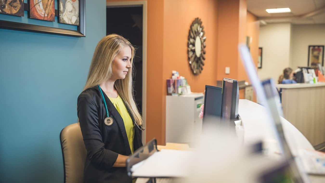 A healthcare professional: Pursue your MSN Nurse Leadership and Management program online at Regent University, Virginia Beach.
