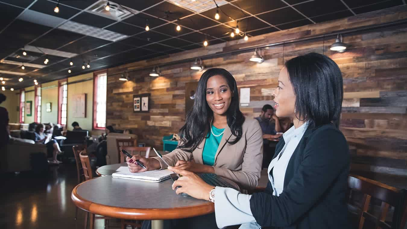 Graduates on campus: Pursue a Master of Business Administration (MBA) in Marketing? degree program at Regent University.