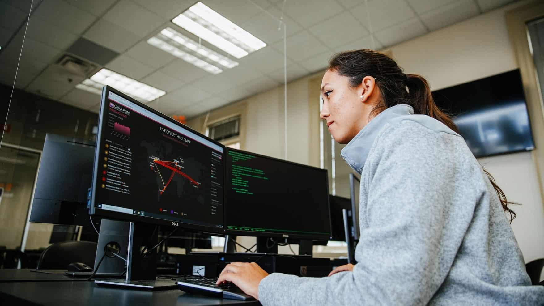 Regent University Institute for Cybersecurity Wins Award