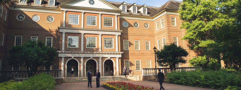 Regent University School of Law Robertson Hall