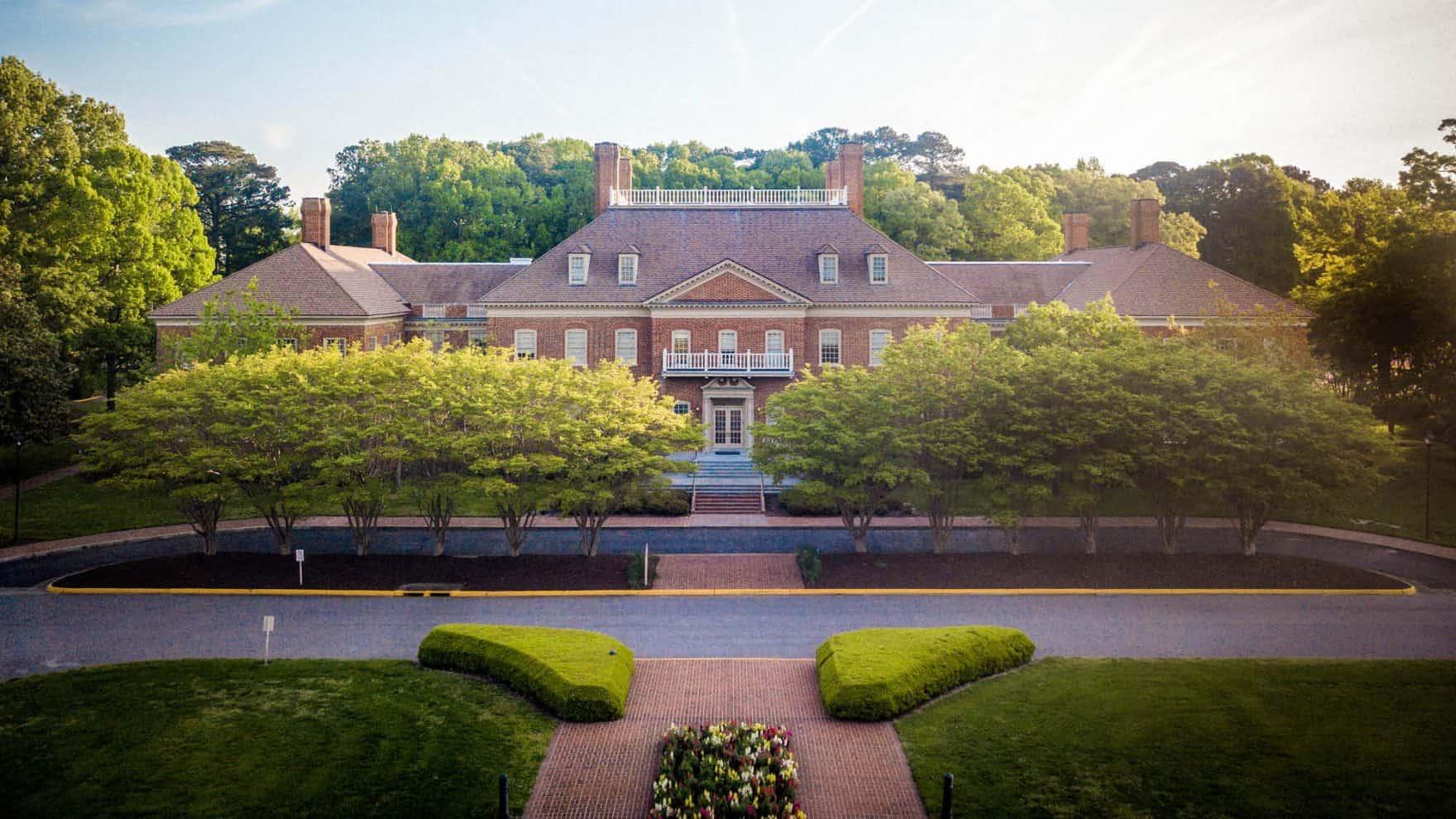 Great Colleges to Work For Regent University in Virginia
